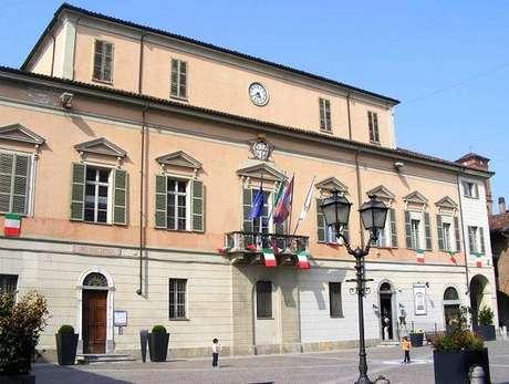 Sede da Prefeitura de Crescentino, na Itália