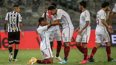 Caio Paulista marcou um golaço ainda no primeiro tempo para o Flu (Foto: LUCAS MERÇON / FLUMINENSE F.C.)