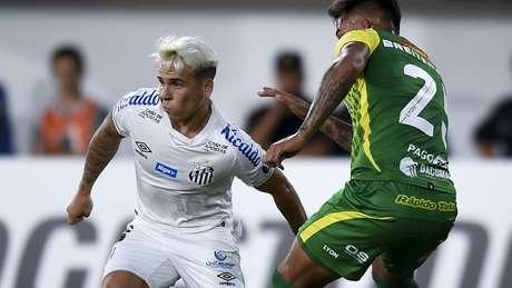 Soteldo vai continuar no Santos até fevereiro
