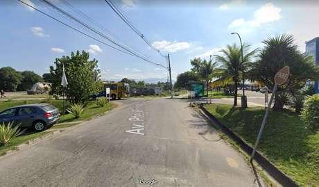 Confronto entre policiais e milicianos aconteceu na rodovia Rio-Santos, em Itaguaí (RJ)