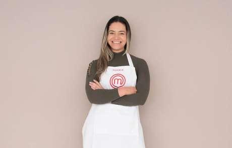 Aos 37 anos, Janice gosta de culinária desde que era uma criança e escolhia os ingredientes na feira com a sua mãe. Traz temperos do Nordeste, região em que nasceu.