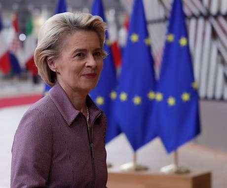 Presidente da Comissão Europeia, Ursula von der Leyen, pouco antes de cúpula da UE em Bruxelas 15/10/2020 Olivier Hoslet/Pool via REUTERS