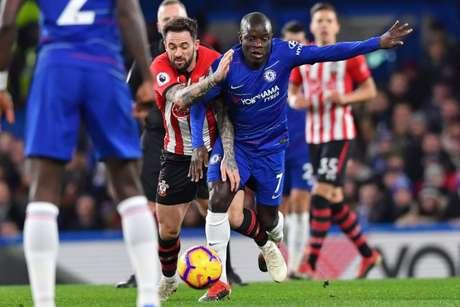Chelsea quer embalar no Inglês (Foto: AFP)
