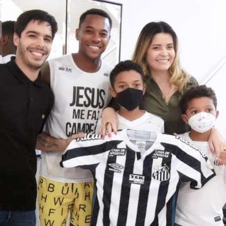 Marisa Alija é a responsável pela carreira de Robinho (Foto: Reprodução/Instagram)