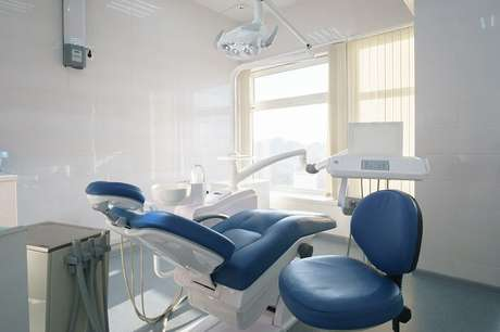 2. O azul é uma cor que pode ser facilmente aplicada em ambientes como consultórios odontológicos. Fonte: Pinterest