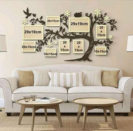 2. Porta retrata para parede da sala de estar – Via: Pinterest