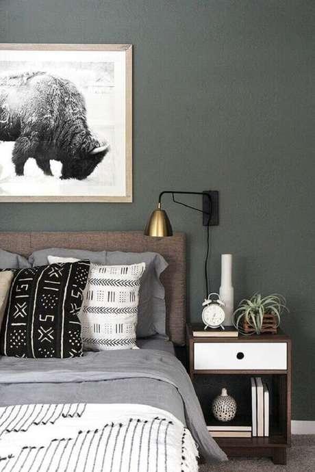 49. Alguns modelos de luminárias para cabeceiras de camas se destacam na decoração – Foto: Apartment Therapy