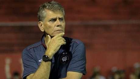 Paulo Autuori em sua primeira passagem pelo Athletico-PR