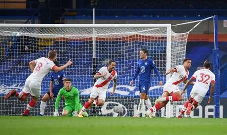 Southampton conseguiu o empate com o Chelsea no final do jogo