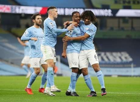 Sterling marcou o gol da vitória do City contra o Arsenal