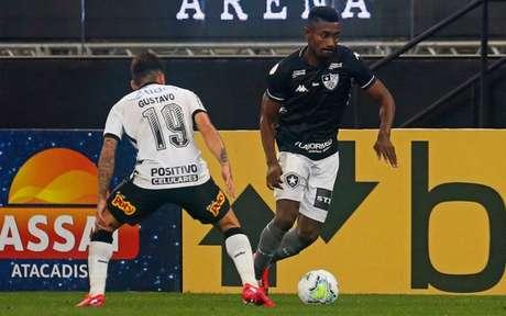 Kalou em ação pelo Botafogo (Foto: Vítor Silva/Botafogo)
