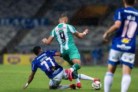 O Cruzeiro teve muitas dficuldades, mais uma vez, em criar jogadas ofensivas-(Bruno Haddad/Cruzeiro)
