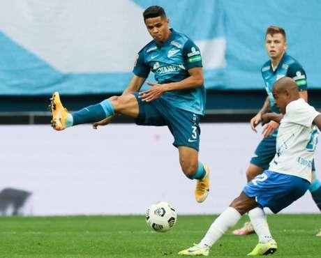 Douglas Santos foi o destaque da partida (Foto: Divulgação/Zenit)
