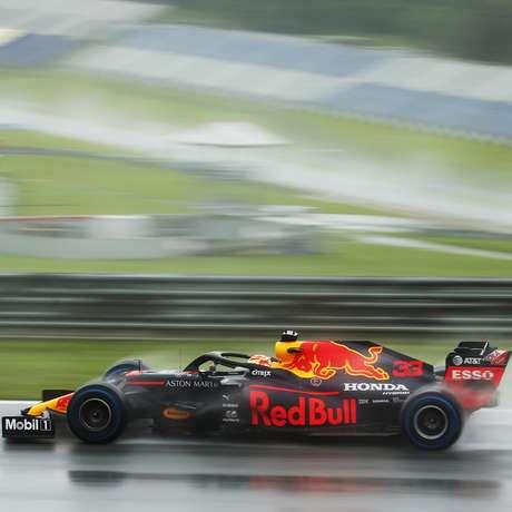 Max ganha corridas com o Red Bull Honda RB16, mas sem o motor japonês talvez tenha que correr atrás da sorte, especialmente se a equipe decidir bancar o desenvolvimento do sistema híbrido sozinha.