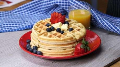 Guia da Cozinha - Waffle prático, macio e crocante