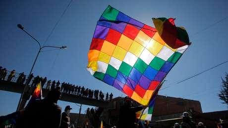 Sindicatos e organizações camponesas pedem por eleições desde a saída de Evo