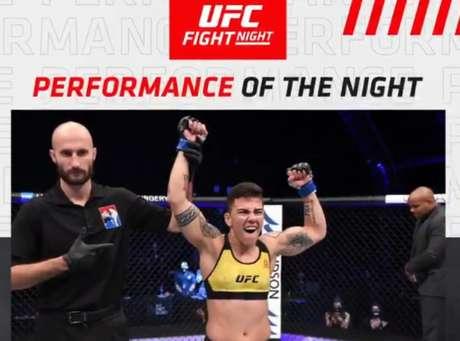 """Bate-Estaca faturou o bônus de """"Performance da Noite"""" após nocaute técnico (Foto: UFC)"""