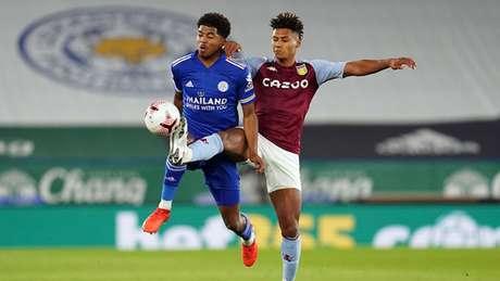 Aston Villa e Leicester fizeram um jogo de muita marcação e poucas oportunidades (Foto: AFP)