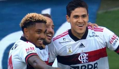 Flamengo goleou o Corinthians por 5 a 1 fora de casa (Foto: Reprodução/TV Globo)