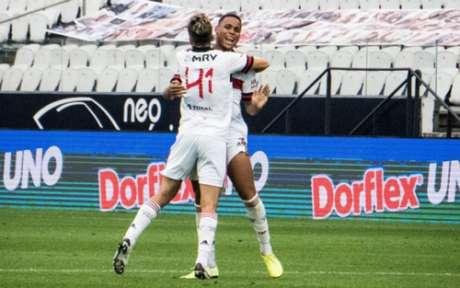 Natan marcou o seu gol após cruzamento de Everton Ribeiro, em escanteio (Foto: Felipe Patiño/Flamengo)