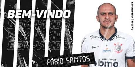 Fábio Santos foi anunciado nesta segunda-feira com contrato até dezembro de 2021 (Foto: Divulgação/Corinthians)