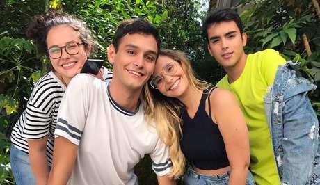 Helena Leal, Matheus Faissal, Vitoria Mota e Guilherme Wermecker, do elenco de 'CRUSH!': quem nunca sofreu por uma paixão?