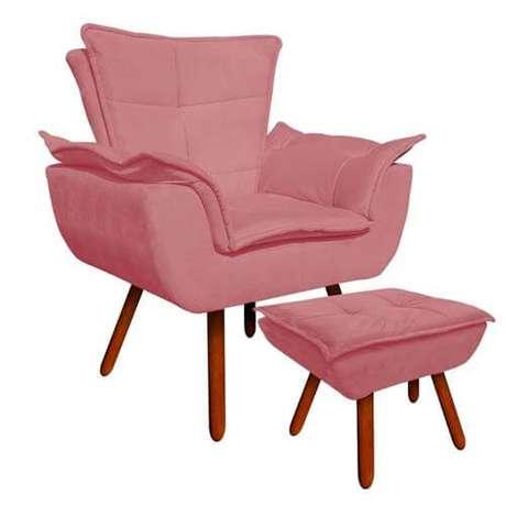 11. Poltrona rosa na decoração da sala – Via: Pinterest