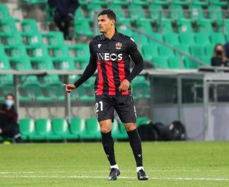 Danilo Barbosa voltou a atuar pelo Nice após três meses afastado por lesão no joelho (Foto:Divulgação/OGC Nice)