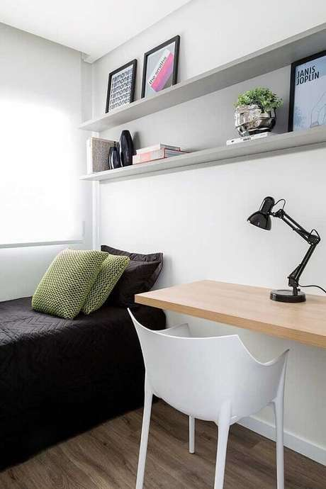 7. Não exagere no número de móveis e objetos de decoração para o quarto de solteiro pequeno – Foto: Pinterest