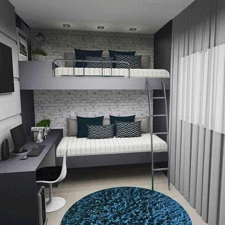 4. Os móveis planejados ajudam a otimizar espaço no quarto pequeno de solteiro – Foto: Jeito de Casa