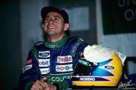 Roberto Moreno na Benetton: momento especial na carreira do piloto brasiliense.