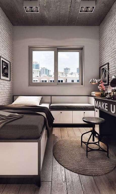 47. Móveis planejados para decoração de quarto pequeno solteiro cinza simples – Foto: Pinterest