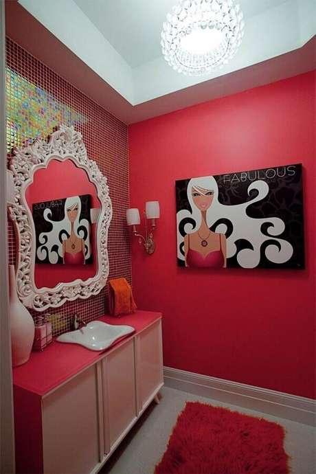 46. Decoração feminina para banheiro vermelho – Foto: Houzz