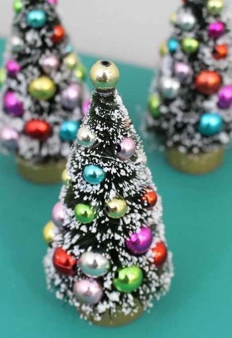 51- Esse modelos de pinheiro de natal são bem populares. Fonte: Pinterest