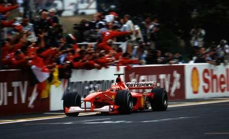 Michael Schumacher confirmou o título em 2000