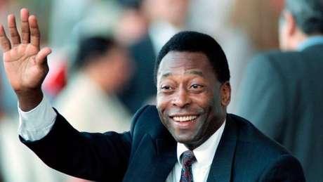 A candidatura presidencial nunca aconteceu, mas Pelé foi Ministro do Esporte do Brasil por três anos durante os anos 1990