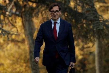 Ministro da Saúde da Espanha, Salvador Illa, chega para reunião de gabinete em Madri 14/01/2020 REUTERS/Susana Vera