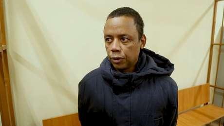 Robson foi preso por transportar medicamentos para Fernando, jogador ex-Seleção (Foto: Reprodução)