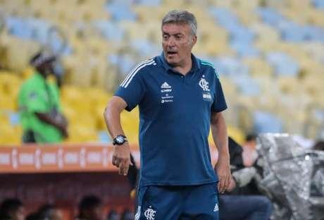Domènec Torrent viu a sua equipe sair vencedora esta noite: 3 a 1 sobre o Junior Barranquilla (Foto: AFP)