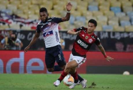 Nesta quarta, Gomes jogou todo o segundo tempo (Foto: AFP)