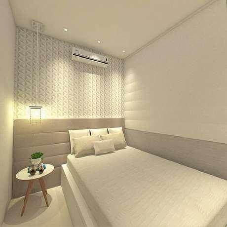 54. Decoração minimalista com revestimento 3D para quarto com cabeceira cinza solteiro – Foto: Pinterest