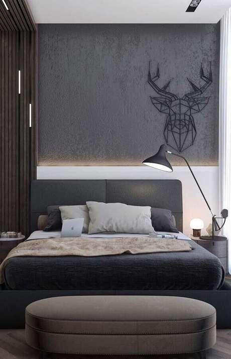 11. Quarto de casal moderno decorado com cabeceira cinza escuro – Foto: Home Fashion Trend