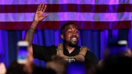 O rapper Kanye West não poderá aparecer nas cédulas eleitorais de todos os Estados dos EUA