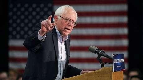 Bernie Sanders foi eleito independente para o Senado, mas buscou a indicação presidencial dentro do Partido Democrata