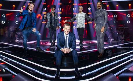 Michel Teló, Carlinhos Brown, LuluSantos, Iza e Tiago Leifert na 9ª temporada do 'The Voice Brasil'