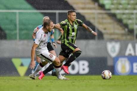 O Coelho vem de quatro vitórias seguidas no Brasileiro da Série B e está consolidado no G4-(Mourão Panda/América-MG)