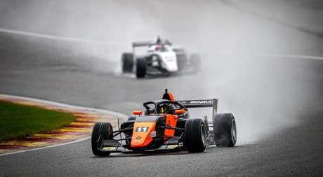 Franco Colapinto fez uma das melhores corridas do ano na sexta-feira em Spa