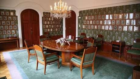 Uma das salas como esta, onde o Comitê Nobel da Noruega seleciona o vencedor do Prêmio da Paz