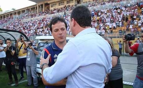 Fernando Diniz e Rogério Ceni se encontram novamente neste domingo, às 20h30 (Rubens Chiri/saopaulofc.net)