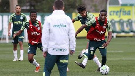 Patrick de Paula deve voltar a ser titular do Palmeiras após ser reserva na Libertadores (Foto: Cesar Greco/Palmeiras)